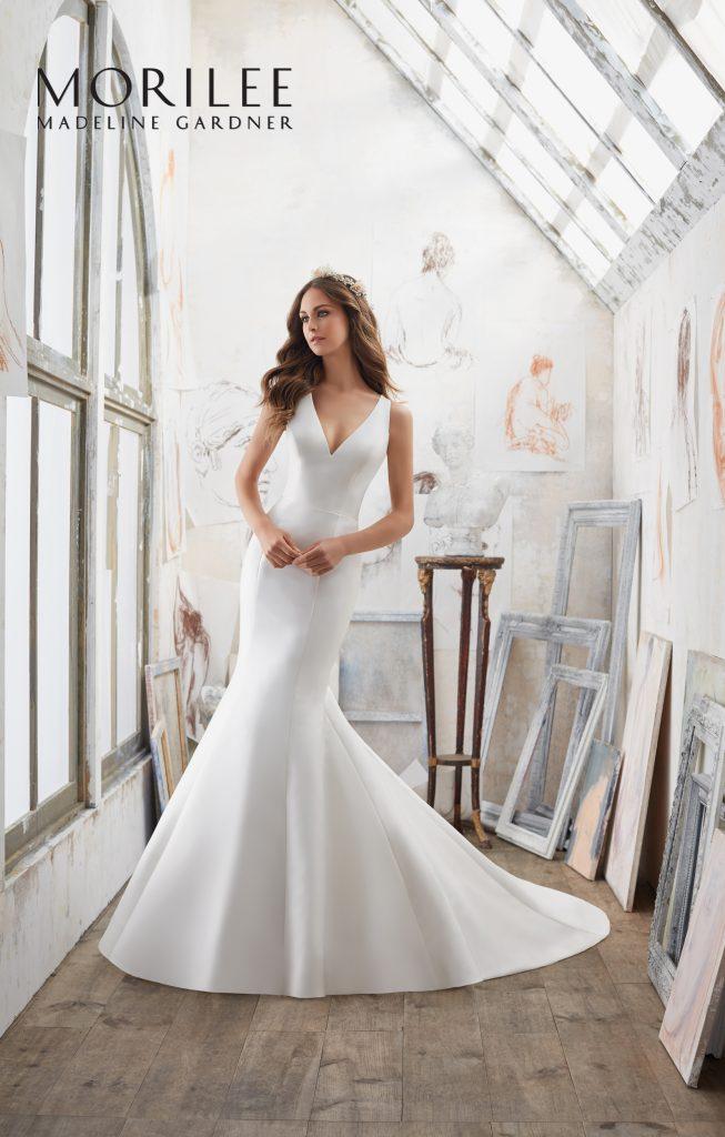 http://www.bridalboutique.co.uk/wp-content/uploads/2016/11/45-bridal-boutique-swindon-mori-lee-dresses-2017-653x1024.jpg