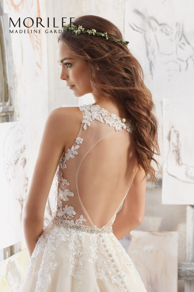 amazing wedding gowns swindon